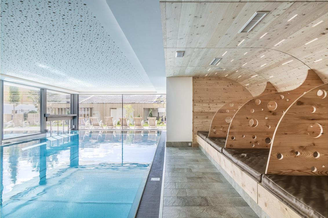 langgenhof-indoor-pool-1